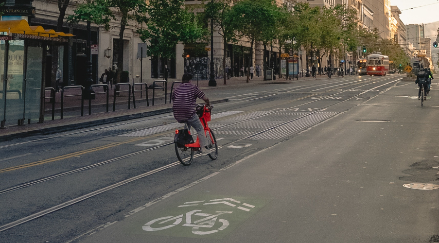 The latest evidence that bike lanes are good for business